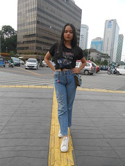 DSCN8742 (Avisheena) Tags: avisheena model hello world outfit jeans ironmaiden jakarta town building