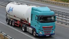 D - S&K Transportgesellschaft DAF XF 106 SC (BonsaiTruck) Tags: ffb feldbinder sk daf lkw lastwagen lastzug silozug truck trucks lorry lorries camion caminhoes silo bulk citerne powdertank