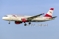 OE-LXE  181114-053-C6 ©JVL.Holland (JVL.Holland John & Vera) Tags: oelxe airbusa320216 austrianairlines os aua airline aircraft aviation schiphol eham ams spl amsterdam airport netherlands nederland europe canon jvlholland