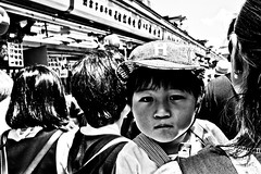 What u looking at..... (Victor Borst) Tags: street streetlife streetphotography reallife real realpeople asia asian asians faces face candid travel travelling trip traveling urban urbanroots urbanjungle blackandwhite bw mono monotone monochrome close closeup asakusa japan japanese tokyo children kids kid child city cityscape citylife