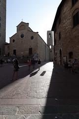 Sun and Stone (czerwiony Smãtk) Tags: sangimignano light shadow stone sun italy chianti city blue architecture