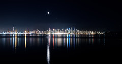 DSCF7465.jpg (zhaozhenghan) Tags: vancouver bc canada night citynight fujifilm xt2 cityscape moon