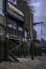 Prospect Of Whitby (NoVice87) Tags: london thames river pub inn noose lowlight bluehour tripod