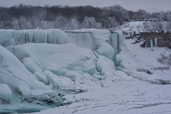 Winter Wonder 2 - The Wonder of Niagara 2 (remiklitsch) Tags: winterwonderseries series niagarafalls polarvortex nikon remiklitsch march 2015 nature falls winter snow ice frozen colorofwinter bridalfalls americanfalls lunaisland