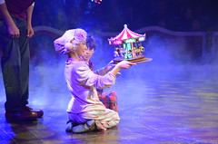 POESIA i MAGIA AL CIRC: Una tarda al circ per acabar bé l'any (heraldeixample) Tags: heraldeixample bcn barcelona spain espanya españa spanien catalunya catalonia cataluña catalogne catalogna circ circo circus circraluy raluy portvell 2018 ngc albertdelahoz poesia poetry màgia magia magic