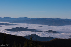 Morning above the clouds (Irina1010) Tags: fog clouds valley mountain picks landscape smokeymountains sunrise cature perspective canon coth coth5 ngc