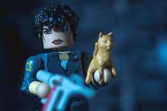 We're Leaving (3rd-Rate Photography) Tags: ripley alien jones jonesy cat minimates toy toyphotography scifi nostromo xenomorph canon 100mm macro female woman girl 5dmarkiii jacksonville florida 3rdratephotography earlware 365