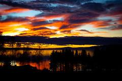 November sunset (estenvik) Tags: erikstenvik estenvik fjord himmel norge norway november sea sjø sky solnedgang steinkjer sunset trøndelag