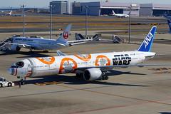 "ANA All Nippon Airways Boeing 777-381(ER) ""BB-8"" livery JA789A (Manuel Negrerie) Tags: ana nippon airways boeing 777381er bb8 livery ja789a airport haneda transport aviation jetliner airliner plane b777 starwars spotting design travel japan tokyo canon"
