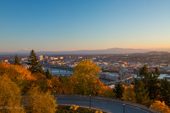 Early hours Portland (Dimitri_Stucolov) Tags: ohsu portland portlandor oregon sunrise fall autumn colors yellow mtsthelens marquambridge clearsky early landscape cityscape outdoors willametteriver pnw pacificnorthwest