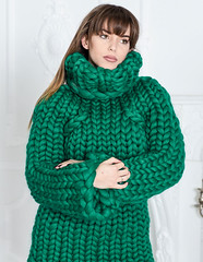 il_fullxfull.1698218742_fcpd (ducksworth2) Tags: sweater jumper knit knitwear turtleneck poloneck bulky chunky green wool