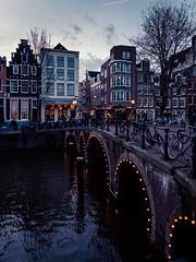 A0153097 (rpajrpaj) Tags: amsterdam city netherlands nederland nederlandvandaag bluehour thebluehour cityscape citylights