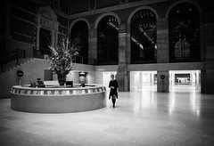Night at the Rijksmuseum (smeerjewegproducties) Tags: rijksmuseum amsterdam after hours entry hall me empty big black white monochrome