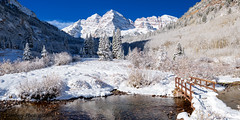 Entry to a Winter Wonderland (OJeffrey Photography) Tags: maroonbells snow winter wonderland colorado co coloradorockymountains moutains creek westmarooncreek footbridge bridge river wilderness ojeffreyphotography ojeffrey jeffowens nikon d850 panorama pano