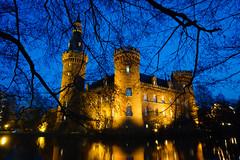 Schloss Moyland (MR@tter) Tags: bedburghau deutschland nrw nachtaufnahme schlossmoyland sonydscrx100m3 geotagged nightshot building architecture castle
