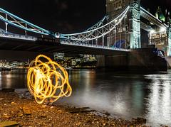 181005 A020 (steeljam) Tags: steeljam nikon d800 lightpainters london bridge ppoi