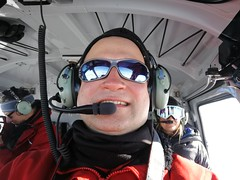 Im Helikopter auf dem Weg zum Mt Keinath Selfie de Vera im Hintergrund Ernst und Raquelle