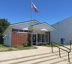 Post Office 62362 (Perry, Illinois) (courthouselover) Tags: illinois il postoffices pikecounty perry northamerica unitedstates us