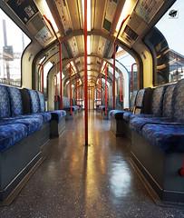 Central line (The Crow2) Tags: thecrow2 panasonic dmctz70 metró tube centralline london uk anglia 2018