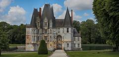 Château d'Ô (pe_ha45) Tags: châteaudô mortrée château moatedcastle wasserschloss normandie normandy