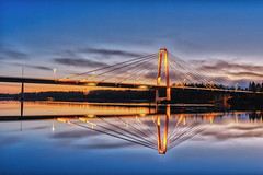 Kolbäcksbron 20181119 (johan.bergenstrahle) Tags: 2018 älv architecture arkitektur autumn bridge bro evening finepicsse hdr höst kväll november reflection spegling sverige sweden sunset solnedgång umeälv umeriver umeå
