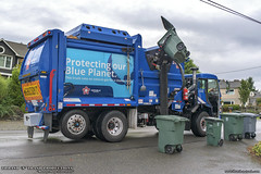 Peterbilt 520 - McNeilus ZR Garbage Truck (Thrash 'N' Trash Prodcutions) Tags: garbage trash refuse truck recycle recycling trucks mcneilus zr zeroradius asl automated side loader peterbilt 520 320 paccar rubbish sanitation disposal waste collection vehicle republicservices republic blue cng naturalgas compressednaturalgas mercerisland washington dumpster bin can cart container toter dustbin trashmonkey22