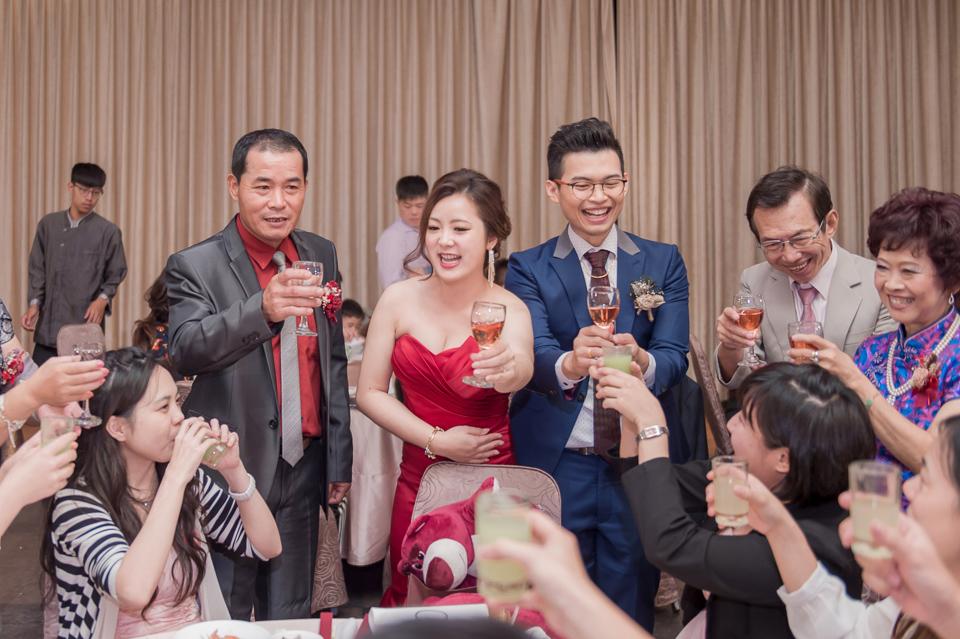 台南東東宴會式場 婚宴 走在幸福的紅毯上 R & B 155