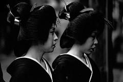 One day 158 (soyokazeojisan) Tags: japan kyoto 祇園 city people bw blackandwhite monochrome analog nikon nikomatftn nikkor 80200mm film trix d76 kodak memories 1970s street