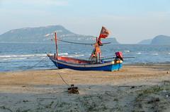 Sam Roi Yot (sillie_R) Tags: beach boat nationalpark ocean samroiyot sea thailand prachuapkhirikhan th