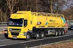 Jan 09 2019 M4 FN63CVL (jon L1049H) Tags: trucks m4 saftyclean daf