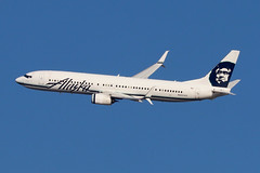 N403AS | Boeing 737-990ER/W | Alaska Airlines (cv880m) Tags: newyork kennedy jfk kjfk aviation airliner airline aircraft jetliner airplane airport n403as boeing 737 739 737900 737990 alaska alaskaairlines eskimo winglet scimitar