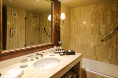 Bathroom interior (A. Wee) Tags: cusco 库斯科 秘鲁 peru palaciodelinka luxurycollection hotel 酒店 豪华精选 suite 套房 bathroom bathtub