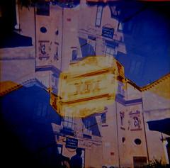 [Holga e le Sue Sorelle] (Urca) Tags: holgalomo3201809250008palermo palermo italia 2018 holga lomo doppiaesposizione doubleexposure analog analogico 120 6x6 square medium multi film filmisnotdead toycamera