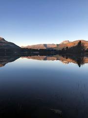 Speilet land -|- Mirrored land (erlingsi) Tags: reflection land ørsta åmdalen lake spegling vatnevatnet fantastisch superbepaysage