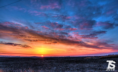 2/3 Winter Sunset over Northern Hardin County, IA near Iowa Falls, IA 12-25-18 (KansasScanner) Tags: iowafalls iowa up train railroad sunset sunrise
