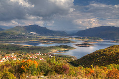 Low water (hapulcu) Tags: bosnaihercegovina bih bosna bosnia herbst hercegovina prozorrama automne autumn autunno otoño toamna