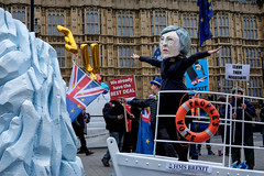Peoples Vote (Silver Machine) Tags: brexit mrsmay iceberg politics london brexitvote streetphotography street westminster housesofparliament fujifilm fujifilmxt10