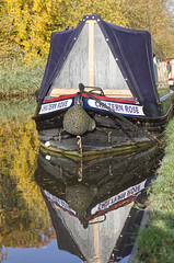 Reflection (MV Photography (900,000 + Views)) Tags: canon 7d boat canal barge house reflection thrupp