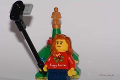Selfie (362/365) (Tas1927) Tags: 365the2018edition 3652018 day362365 28dec18 lego minifigure minifig