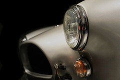 face profile (Blende1.8) Tags: classiccar autoklassiker car cars auto automobil scheinwerfer kühlergrill front oldtimer headlight headlights düsseldorf psichliebedich bokeh sony alpha ilce7rm2 sel24105g 24105mm emount a7rii a7rm2