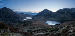 Waiting for the sun (Matt Dray) Tags: ogwen pen ole wen tryfan idwall snowdonia wales north sunrise