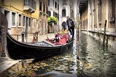 Gondoliere (Michelecimitan) Tags: michelecimitan venezia gondola