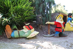 """Lego Snow White and the Seven Dwarfs • <a style=""""font-size:0.8em;"""" href=""""http://www.flickr.com/photos/28558260@N04/45567233254/"""" target=""""_blank"""">View on Flickr</a>"""