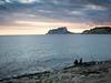 Pescando al atardecer. (monsalo) Tags: moraira ifach mar mediterraneo monsalo