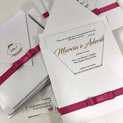 Pink para alegrar o dia! 📍convite modelo 48d estilo carta 📍de SP para todo o Brasil 📍escolha cores e textos 🎁casamentosetravessuras.com #casamentosetravessuras #casamentopink #casamento #convitedecasamento (casamentosetravessuras) Tags: instagram facebookpost lembrancinhas personalizadas