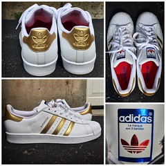 """Possibly my favorite pair of Adidas Superstar, the """"Gold Medal"""" kicks released around the 2016 Olympics.  Classic shoe with a Midas touch! 🔥🎉 #Adidas #AdidasSuperstar #AdidasOriginals #shoes #sneakers #gold #style #swag #lit #epic #awesome (AlexGilbertOfficial) Tags: adidas adidassuperstar adidasoriginals shoes sneakers gold style swag lit epic awesome"""