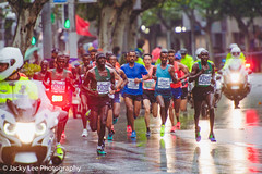 LD4_8714 (晴雨初霽) Tags: shanghai marathon race run sports photography photo nikon d4s dslr camera lens people china weekend november 2018 thousands city downtown town road street daytime rain staff