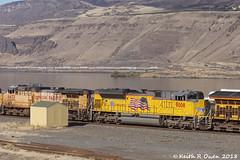 Eastbound Manifest (youngwarrior) Tags: biggs oregon train up unionpacific manifest columbiariver
