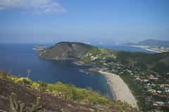 Praia vista do alto (mcvmjr1971) Tags: red costão de itacoatiara praia niteroi brasil 2019 escalada trilha mmoraes nikon d800e lens sigma 2435 f20 art