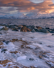 frozen shore - gefrorenes Ufer (ralfkai41) Tags: ngc rock norwegen landscape landschaft nature wasser mountains berge outdoor ufer natur snow norway shore liland eis sunset felsen lofoten schnee clouds winter water sonnenuntergang wolken ice